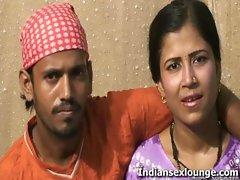 Raj Having Fun With Sexy Roopa