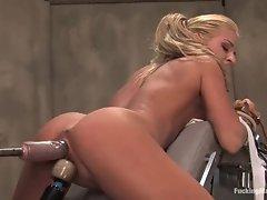 Super hot blonde slut gets her slot machine slammed as her aching clit is vibed