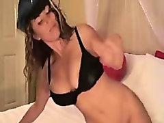 Amateur Striptease From A Lady Cop