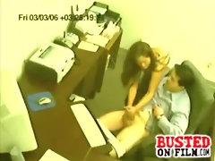 Secretary gives her boss a handjob