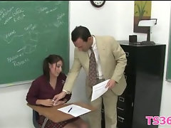 Girl learns to suck &ride