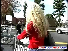Naughty America - Blond MILF