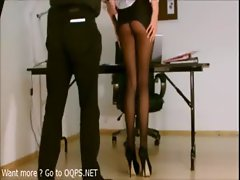 Secretary with high heels,pantyhose but no panty [ OQPS.NET ]