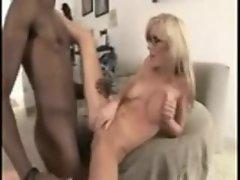 Girl in glasses pounded in hairy vagina