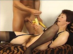Stiff meat fucking the old brunette babe