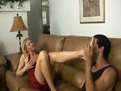 Mature Gives Handjob - Worship My Feet And Tits