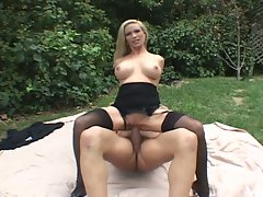 Milf diamond fox fucks outdoors