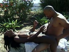 Outdoor pussy shaving before hardcore drilling with busty ebony