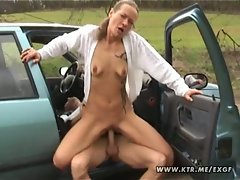 Amateur housewife sucks and fucks in her car