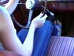 The driving lesson with a feet fetish horny girl !