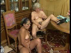 Two granny toying their own pussy!!!