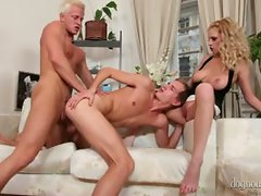 Young bi couple take an hitchhiker back home and fuck him !...