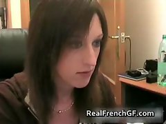 Cam french chick fingering her pussy