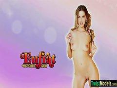 Hot Sexy Teen Babe Girl Masturbating On Cam movie-18