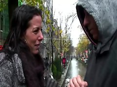 Real whore sucks tourist