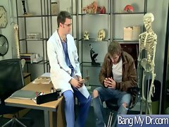 At Doctor Office Girl Get Hard Sex vid-15