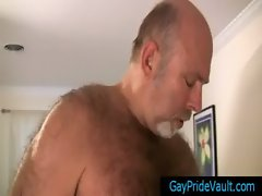 Old gay bear fucking much younger dude gay porno