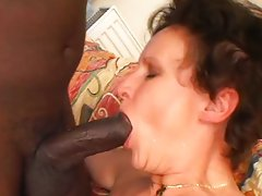 Horny.Mature.Lady