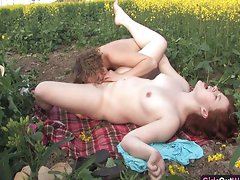 Natural lez randy chicks on a canola field