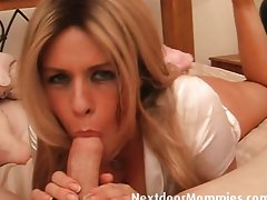 Blondie Mommy gets banged well