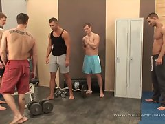 5 muscle chaps fuck fest in gym - part 1