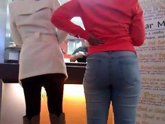 Butt sitting wild in them jeans
