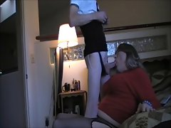 TAMMY FELLATRIX SERVICES A HUNG T-GIRL