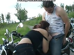 girlie suck for motorbiking