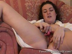 Bushy Coed Beth Buzzes Her Clit to A Pulsing Orgasm