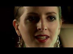 Nullpunkt - Birgit annd Nicole Radesch (Twins)