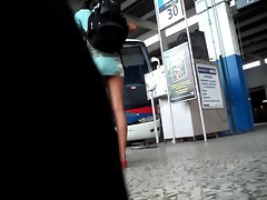 voyeur bus station 2