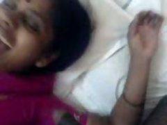 Seductive indian Aunty 1049