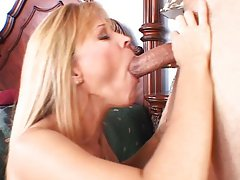 Nicole Moore sucks meat hard for pleasure,Nicole Moore