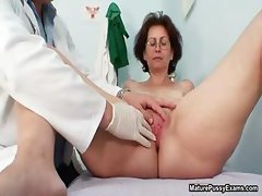 Grandma gets her freshly shaved pussy part3