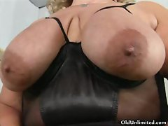 Fat old mom going crazy sucking her big part1