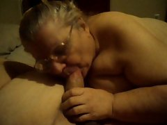 who wants ther dick sucked on