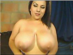 Hot BigButt Latin Cam Busty