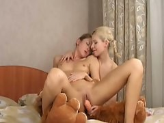 Hot blonde teens 69 and fuck each other with dildos