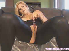 Squirting queen sarah solo on couch hd
