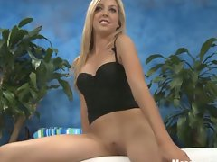 Sexy blonde callie poses and does a sexy flash show
