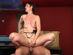 Slutty mature enjoys a long skinny dick up her cunt