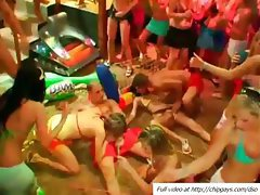 Drunk girls are fucking in a hot orgy
