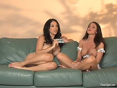 Jelena Jensen and Jessica Difeo give a sexy interview