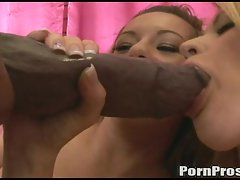 Blonde nasty hottie Sindee Jennings gets her mouth filled with cum
