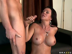 Saucy babe Raquel Devine adores the gushing load of cum on her luscious lips