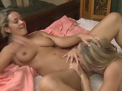 Brandi Love & Elexis Monroe eat each others warm juicy snatches