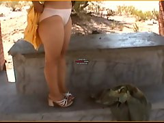 4-1- HAIRY UNDRESSED OUTDOOR