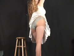 Kitty up the skirt
