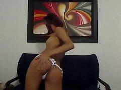 Zamia colombiana dedeandose en webcam