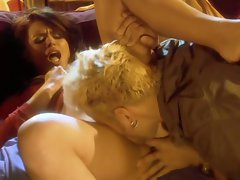 Eva Angelina lies down and waits for an eager tongue to warm her pussy